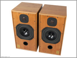 harbeth c7es3 speakers review 06 top