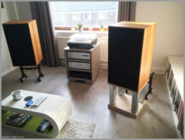 harbeth m40.1 m40.2 speaker stands diy wooden open frame 03 mock up