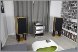 harbeth m40.1 m40.2 speaker stands diy wooden open frame 42 in a living room