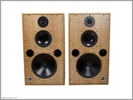 harbeth m40.1 speakers review 01 front